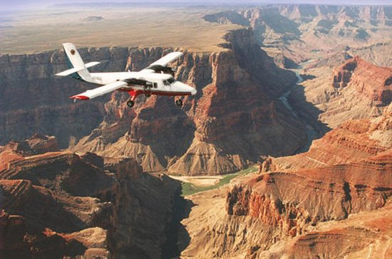2-Day Grand Canyon Tour from Los...
