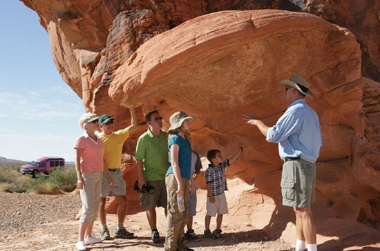 Valley of Fire Luxury Tour Trekker...