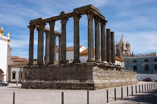 Private Tour to Arraiolos and Evora...