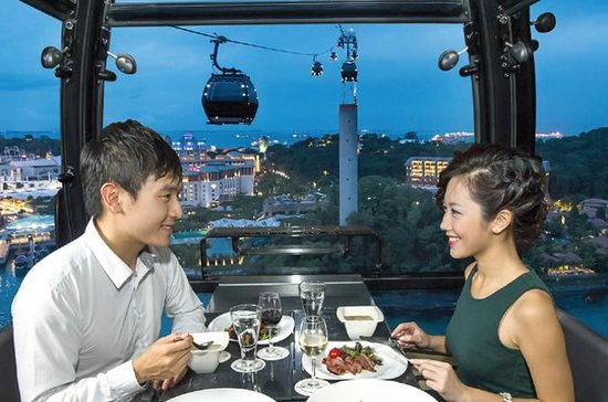 Private Sky Dining on the Singapore...
