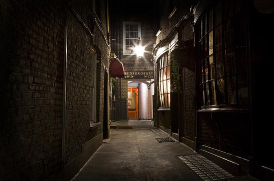 Jack the Ripper Tour and London Ghost...