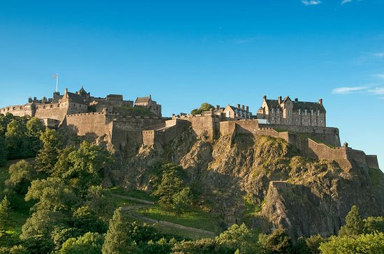Edinburgh by Train from London 1-Day...