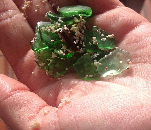 Bodden Town, Grand Cayman: Glass on the beach