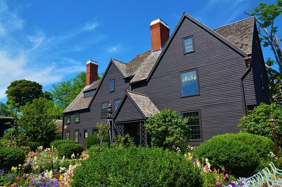 From Boston to Salem: Witch City Day Trip, with Guide