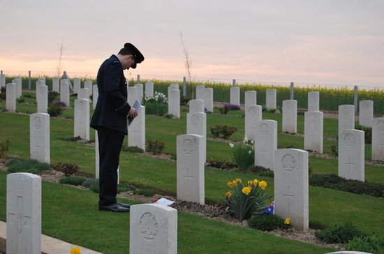 ANZAC Day Trip from Paris: Dawn...
