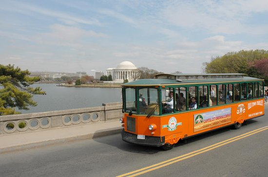 Washington DC Night Tour: Hop-on...