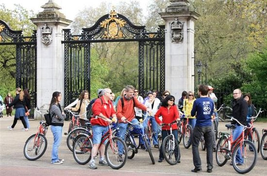 London Royal Parks Bike Tour with...