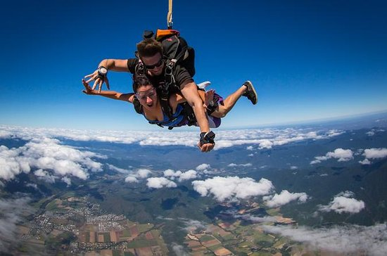 Reef and Rainforest Tandem Sky Dive...