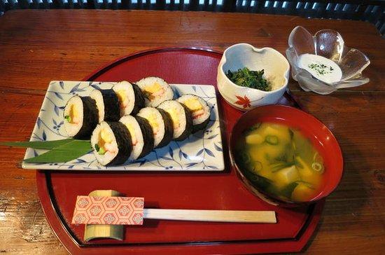 Clase de preparación de sushi en Kioto