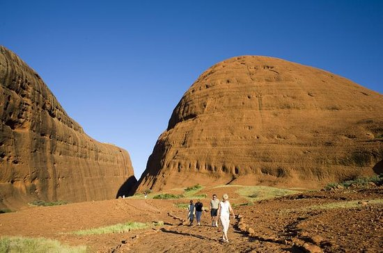 Afternoon Kata Tjuta Small Group Tour