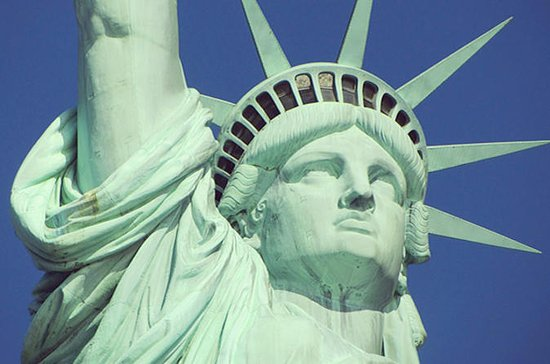 statue of liberty and ellis island guided tour new york city new