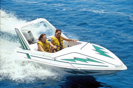 St Petersburg-Tampa Bay Speedboat Site-seeing Adventure Tour