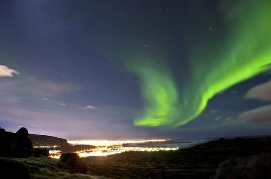 Island Super Saver: Northern Lights...