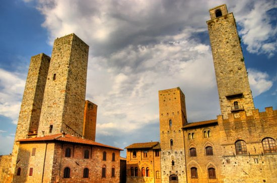 Small-Group San Gimignano and...