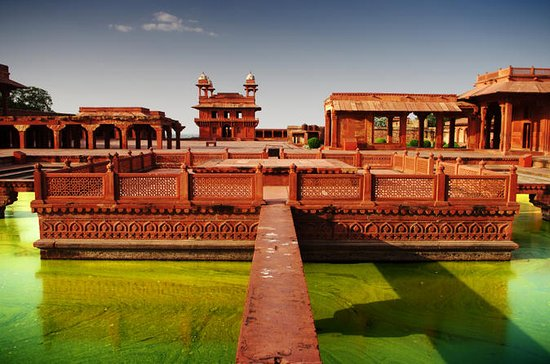 Private Tour: Agra, Taj Mahal and...