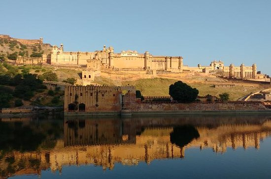 3-dagers privat tur til Jaipur fra...