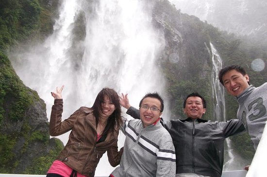 Small-Group Milford Sound Day Trip...