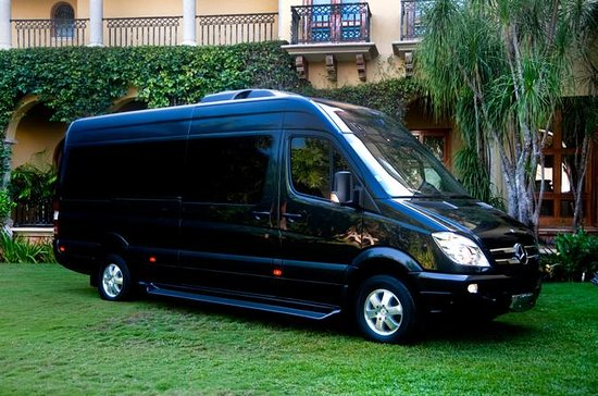 Cancun Airport to Hotel Luxury Transfer