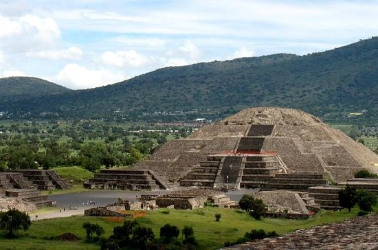 Mexico City Super Saver: Teotihuacán Pyramids Early-Morning Access...