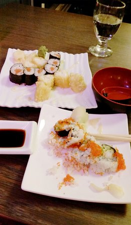 Sayuri Japanese Restaurant: Japanese rolls and fried shrimps.
