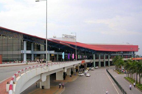 Hanoi's Noi Bai Airport Shared Departure Transfer from Hotel