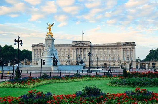 Buckingham Palace Tour with Changing of the Guard Ceremony