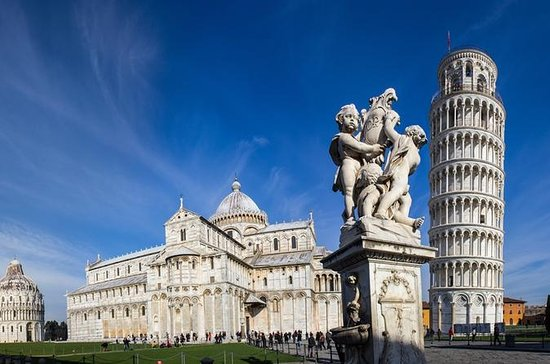 Pisa and Lucca Full-Day Tour from Florence