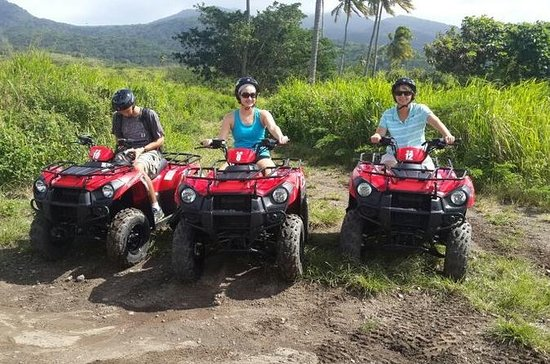 St Kitts ATV Adventure og Beach Tour