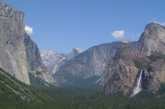 Small-Group Tour of Yosemite from...