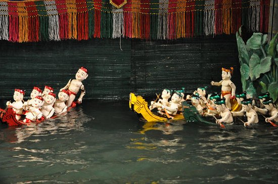Hanoi Water Puppet Show with Buffet Dinner, Small Group