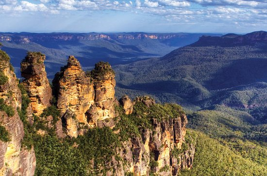 Blue Mountains Day Tour Including Three...