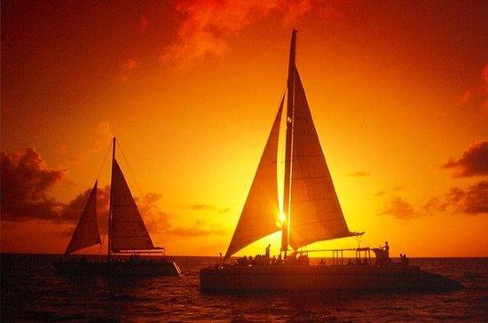 Aruba Sunset Cruise und Abendessen am...