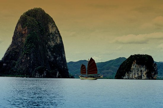 Sunset Dinner Cruise: Phang Nga Bay...