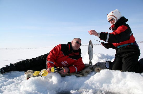 Lapland Fishing Experience from