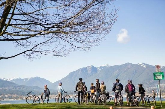 Stanley Park Small-Group Bike Tour...