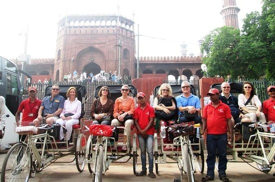 Old Delhi Group Tour by Rickshaws