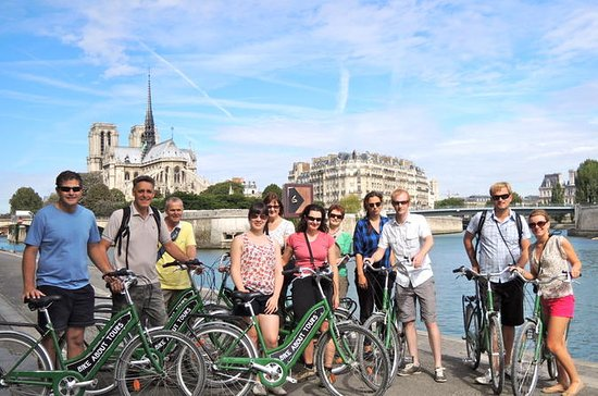 Paris Small-Group Half-Day Bike Tour