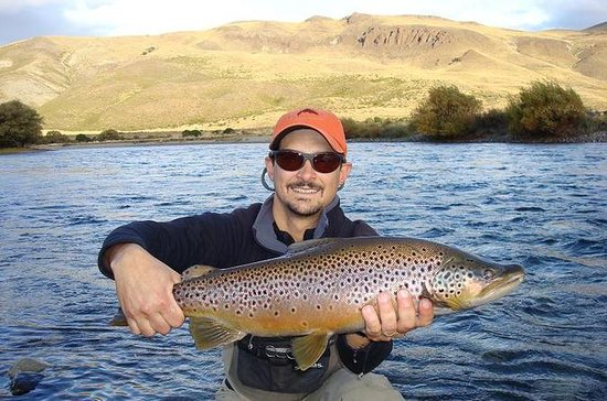 Viagem diurna para pesca com mosca em...