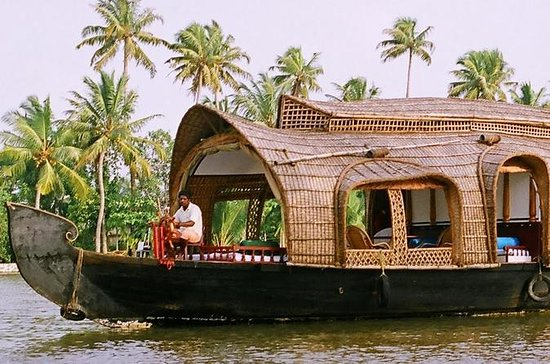 Kochi Private Tour: Overnight...