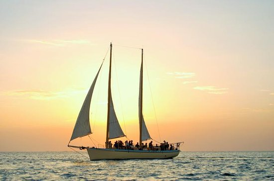 Small-Group Sunset Sail with Wine