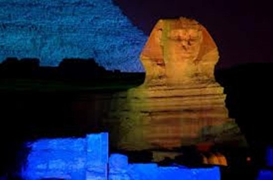 Pirâmides e Sphinx Sound and Light Show...