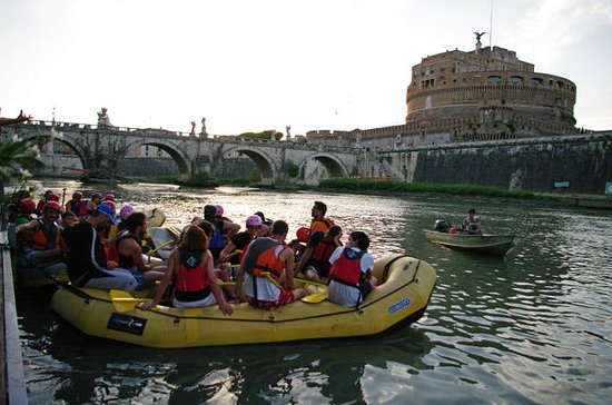 Rome Tiber Sightseeing tour by Fun...