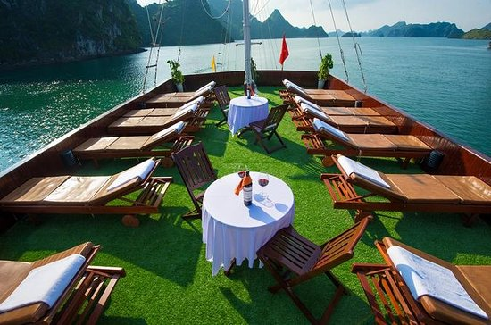 Halong Bay Overnatting Cruise fra...
