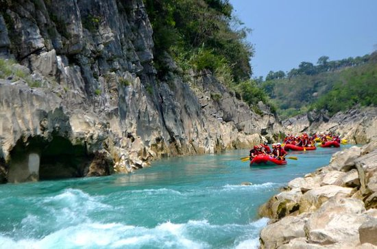 Rafting in Tampaon River from Ciudad...