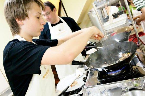 Thaise kookcursus met bezoek aan de ...