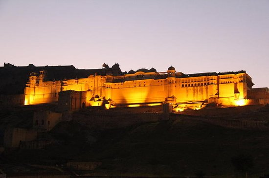 Night Tour of Jaipur City Monuments...