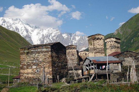 Visite privée de 4 jours à Svaneti...
