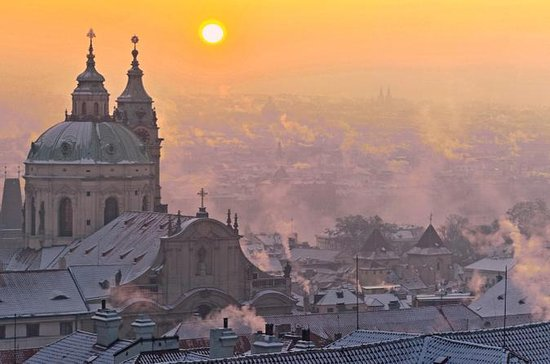Prague Small-Group Photo Tour at Sunrise With Local Professional...