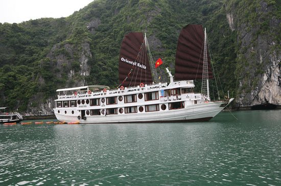2-Day Oriental Sails Junk Cruise of Halong Bay from Hanoi