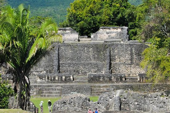 Private Tour of Xunantunich And...